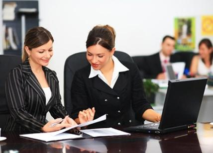 Le donne lavorano in part-time per occuparsi della famiglia. In Italia e anche in Europa