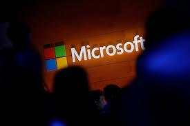 Settimana lavorativa di 4 giorni: la geniale idea di Microsoft che fa aumentare la produttività