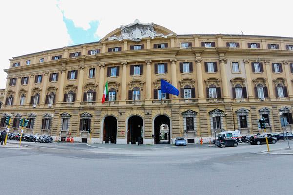 MPS, ecco il piano del Tesoro per scaricare sugli italiani 6 miliardi di perdite