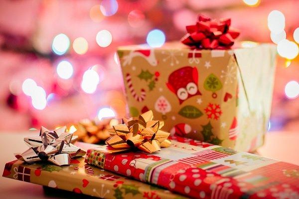 Tredicesima: dai regali al mutuo per la casa, ecco come li spenderemo