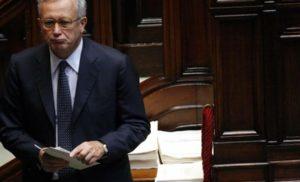 """Tremonti smaschera il bluff Ue: """"Non ci dà nulla, sono soldi nostri"""""""