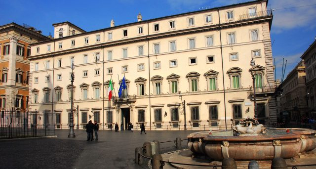 L'Italia è sempre più sola col suo debito pubblico. E rischiamo un autunno incandescente