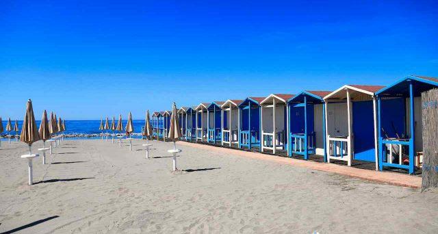 Il bonus vacanze rischia l'insuccesso e rappresenta tutto ciò che non va in Italia