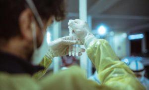 Variante delta: dai dati inglesi buone notizie, ma l'Italia deve correre sui vaccini
